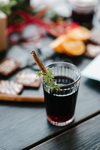 Gingerbread Cookie「Mulled wine with cinnamon on Christmas」:スマホ壁紙(1)