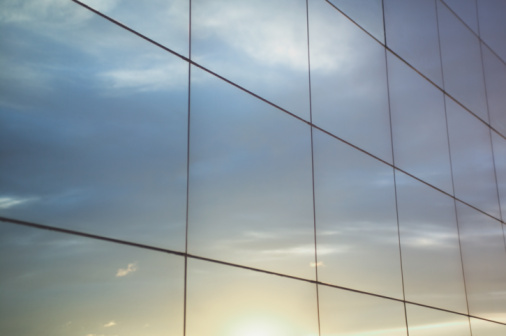 Glass - Material「Sky reflected in office windows, close-up」:スマホ壁紙(15)