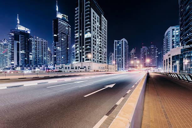 Dubai city highway:スマホ壁紙(壁紙.com)