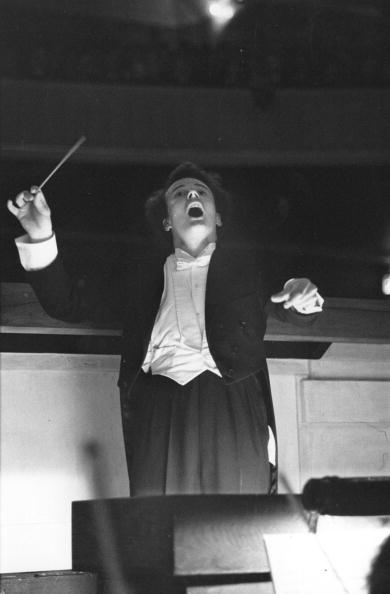 Conductor's Baton「At Sadler's Wells」:写真・画像(0)[壁紙.com]