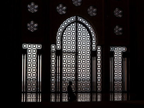 Praying「Hassan II Mosque in Casablanca, Morocco」:スマホ壁紙(0)