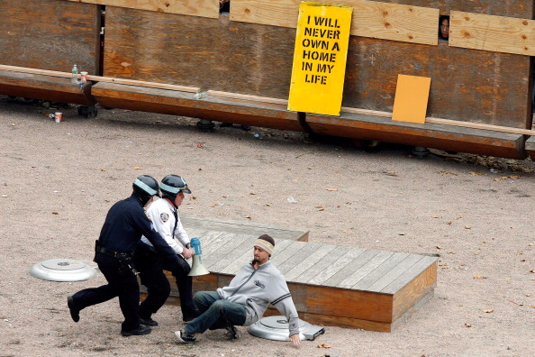 Business Finance and Industry「Occupy Wall Street Camp In Zuccotti Park Cleared By NYPD Over Night」:写真・画像(18)[壁紙.com]