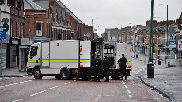 Car Bomb「Under-car Explosion In Belfast Injures A Prison Officer」:写真・画像(17)[壁紙.com]