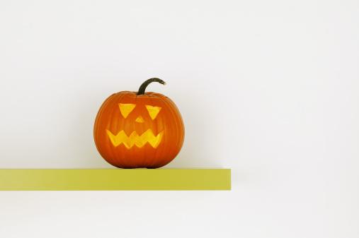 ハロウィン「Carved pumpkin」:スマホ壁紙(19)