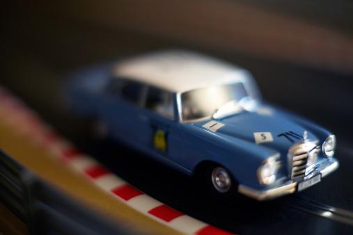 Motor Racing Track「Slot Cars on track.」:スマホ壁紙(18)