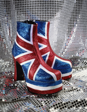 Sequin「Pair of Union Jack platform boots, close-up」:スマホ壁紙(17)