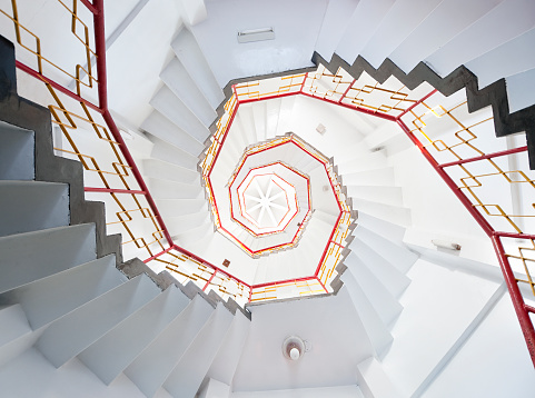 temple「Old Spiral Staircase」:スマホ壁紙(12)