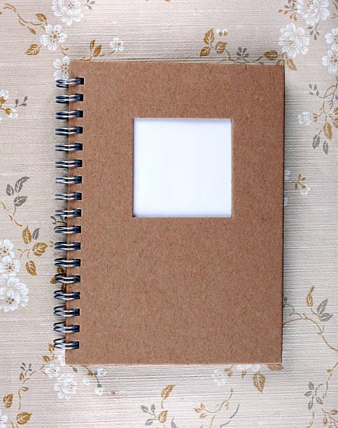 Old Spiral Notebook:スマホ壁紙(壁紙.com)