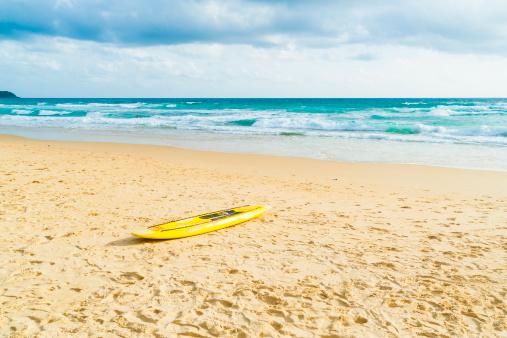 Andaman Sea「Surfboard, Kata Beach, Phuket, Thailand」:スマホ壁紙(10)