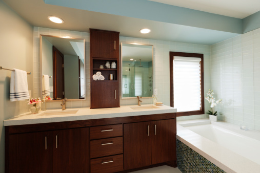 Dressing Table「Vanity Sink, Mirror, Bathtub of Modern Home Bathroom Design」:スマホ壁紙(2)
