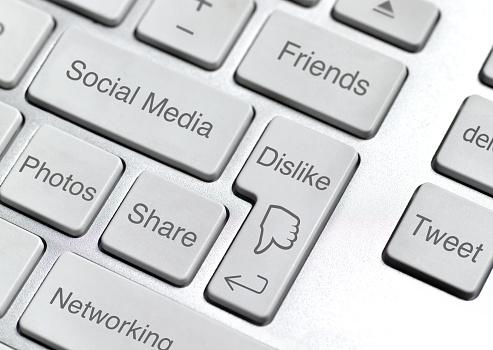 Computer Keyboard「Dislike computer button」:スマホ壁紙(18)
