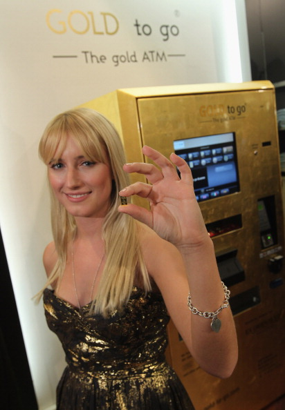 Corporate Business「Berlin's First 'Gold To Go' Vending Machine」:写真・画像(18)[壁紙.com]