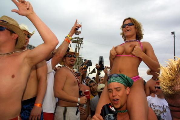 熱さ「Spring Break 2001 on South Padre Island, Texas」:写真・画像(4)[壁紙.com]
