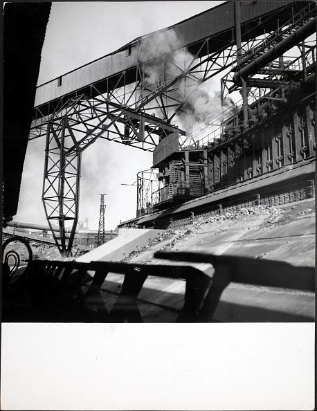 Oven「French Coal Mine」:写真・画像(0)[壁紙.com]