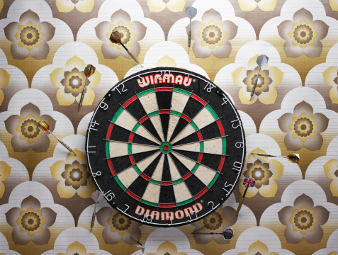 Sports Target「Darts in wall around dart board」:スマホ壁紙(6)