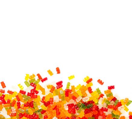 Gummi candy「gummibears on white background」:スマホ壁紙(14)