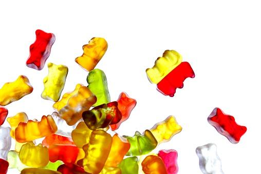 グミ・キャンディー「Gummibears 白背景」:スマホ壁紙(5)