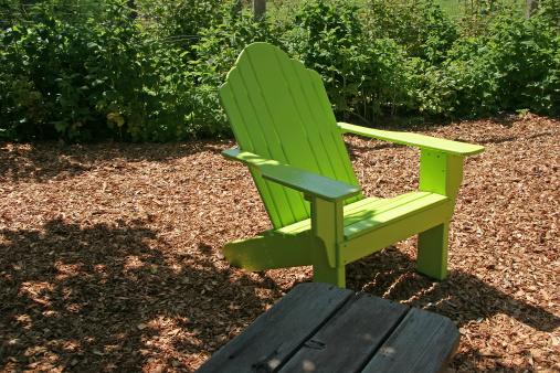 Shade「Adirondack Garden Chair In The Raspberry Canes」:スマホ壁紙(13)