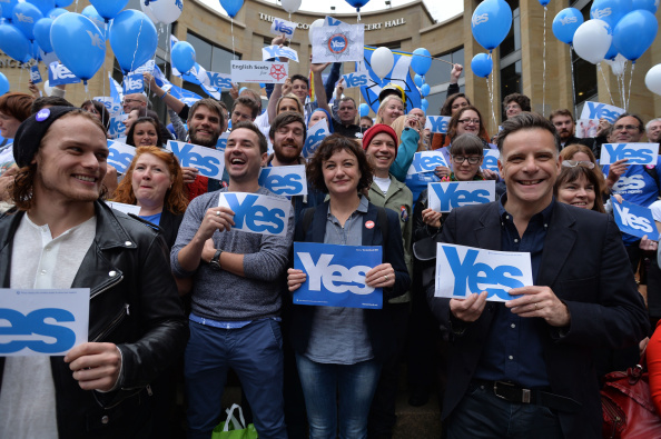 Glasgow - Scotland「The Final Day Of Campaigning For The Scottish Referendum Ahead Of Tomorrow's Historic Vote」:写真・画像(4)[壁紙.com]