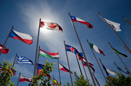 世界のスポーツイベント「Calgary Olympic flags」:スマホ壁紙(5)
