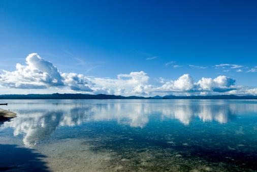 静かな情景「Raja Ampat, Papua landscape」:スマホ壁紙(9)