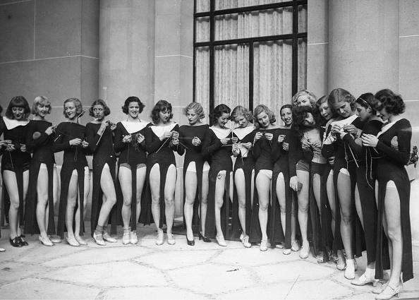 Knitting「Hoffmann-Dancers」:写真・画像(12)[壁紙.com]
