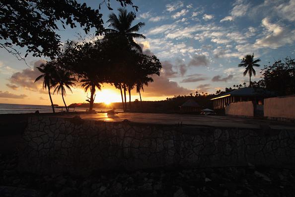 Tonga「Samoa Marks One Year Anniversary Of Earthquake & Tsunami」:写真・画像(17)[壁紙.com]