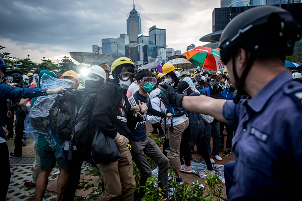 民主主義「Student Protestors Continue To Occupy Admiralty Site」:写真・画像(3)[壁紙.com]