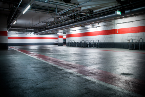 Tilt「Parking garage」:スマホ壁紙(0)
