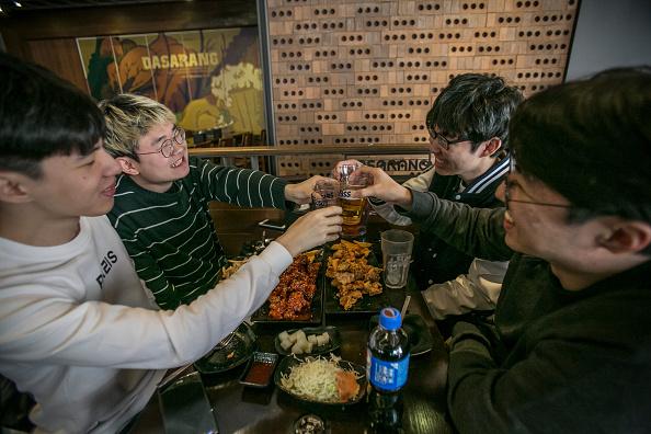 Beer - Alcohol「Court Upholds Impeachment Of South Korean President Park」:写真・画像(14)[壁紙.com]