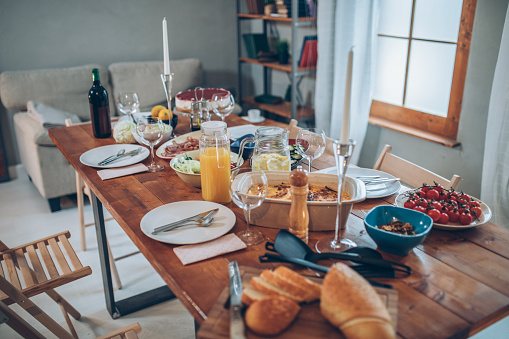 Dining Table「Dinner is ready」:スマホ壁紙(0)