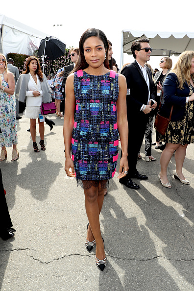 Multi Colored Dress「FIJI Water At The 32nd Annual Film Independent Spirit Awards」:写真・画像(13)[壁紙.com]