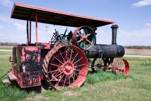 SL「Abandoned antique tractor」:スマホ壁紙(12)