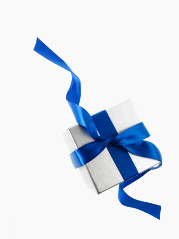 プレゼント「Gift and blue ribbon」:スマホ壁紙(5)