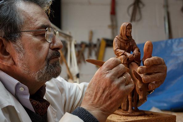 Craft「Hand-Made Clay Figures For Christmas Nativity Scene」:写真・画像(7)[壁紙.com]