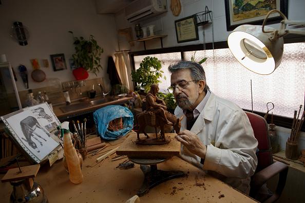 Craft「Hand-Made Clay Figures For Christmas Nativity Scene」:写真・画像(4)[壁紙.com]