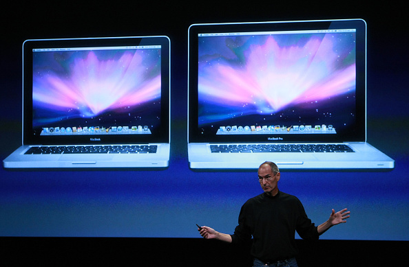 Wireless Technology「Apple Hosts Event At Company's Town Hall」:写真・画像(11)[壁紙.com]