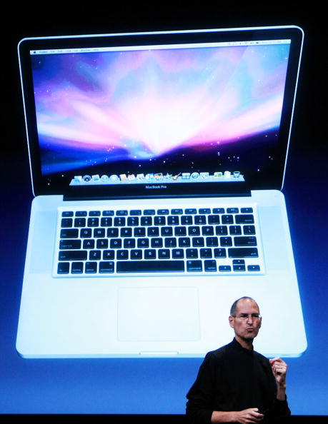 Wireless Technology「Apple Hosts Event At Company's Town Hall」:写真・画像(12)[壁紙.com]