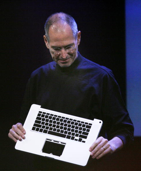 Wireless Technology「Apple Hosts Event At Company's Town Hall」:写真・画像(18)[壁紙.com]