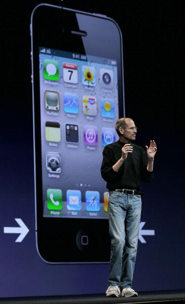 Wireless Technology「Apple Announces New iPhone At Developers Conference」:写真・画像(9)[壁紙.com]
