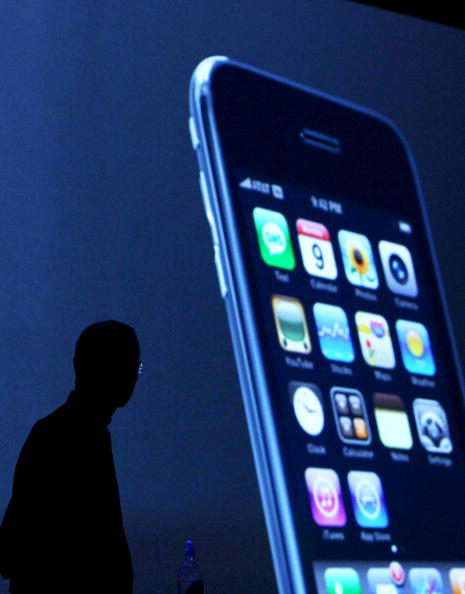 Wireless Technology「Apple Introduces New iPhone At Worldwide Developers Conference」:写真・画像(15)[壁紙.com]