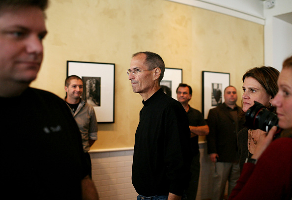 Wireless Technology「Apple Hosts Event At Company's Town Hall」:写真・画像(13)[壁紙.com]