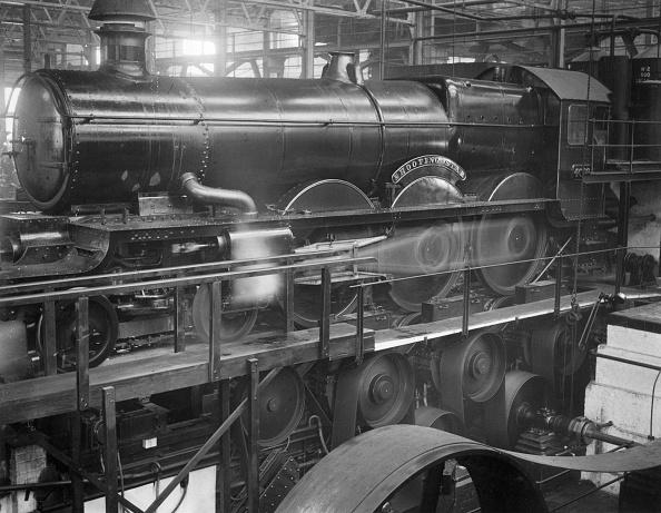 Francis M. R「Rebuilt Locomotive」:写真・画像(5)[壁紙.com]