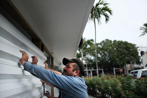 Naples - Florida「Massive Hurricane Irma Bears Down On Florida」:写真・画像(10)[壁紙.com]