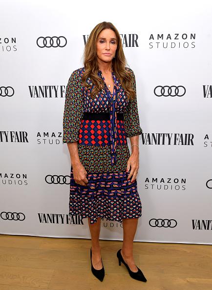Suede「Vanity Fair, Amazon Studios And Audi Celebrate The 2020 Awards Season - Arrivals」:写真・画像(2)[壁紙.com]