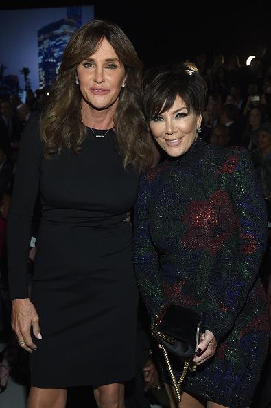 Kris Jenner「2015 Victoria's Secret Fashion Show - Front Row」:写真・画像(18)[壁紙.com]