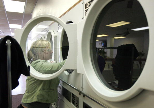 Laundromat「Whirlpool To Close Plants, Cut 3000 Jobs」:写真・画像(0)[壁紙.com]