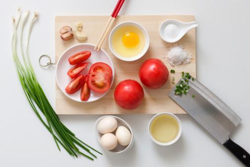 Garlic Clove「Chopped vegetables on a cutting board」:スマホ壁紙(5)