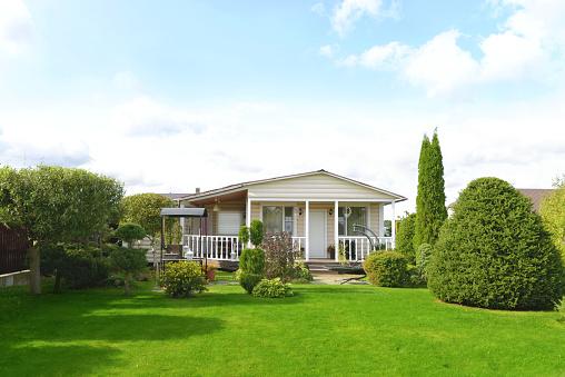 Recreational Pursuit「beautiful country house and garden」:スマホ壁紙(1)