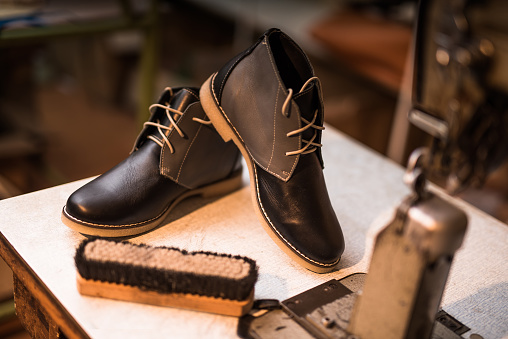 Human Foot「Beautiful custom made leather shoes next to sewing machine.」:スマホ壁紙(11)